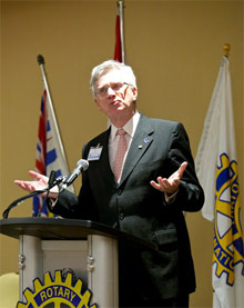 Chris Offer addresses the peace forum in Vancouver, British Colombia, Canada.