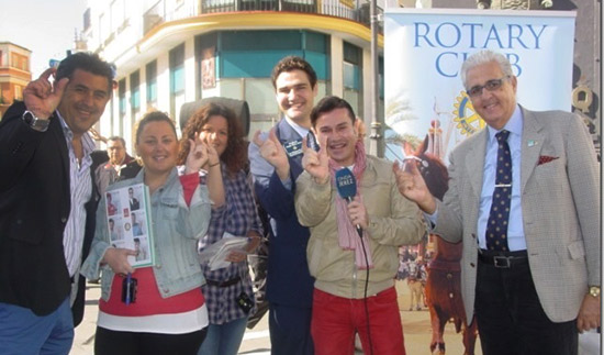 Spanish Rotarians promote the World's Biggest Commercial and polio eradication.