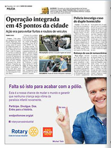 A This Close public service advertisement in a Brazilian magazine.