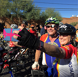 Gary Hirsch and Marga Hewko, wife of Rotary General Secretary John Hewko, take a selfie during the ride.