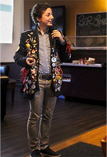 Niset addresses a Rotary club.