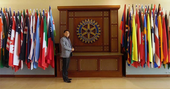 Tilak during a visit to RI World Headquarters in Evanston, Illinois, USA