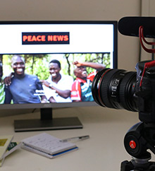 Peace News screenshot