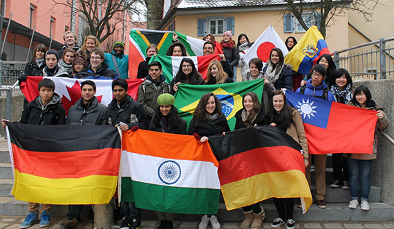 Youth Exchange Students on European Tour