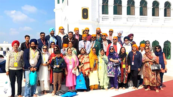 Rotary members at Kartarpur Sahib